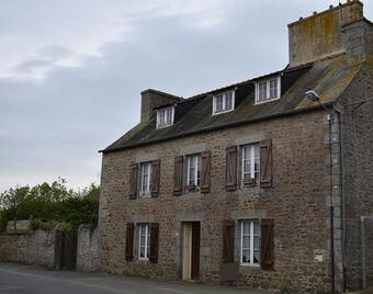 Vente Maison 8 pièces 131m² LE MENE - Photo 1