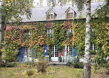 Vente Maison 8 pièces 230m² Pleugueneuc (35720) - photo