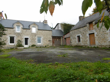 Vente Maison 6 pièces 102m² Plouguenast (22150) - photo