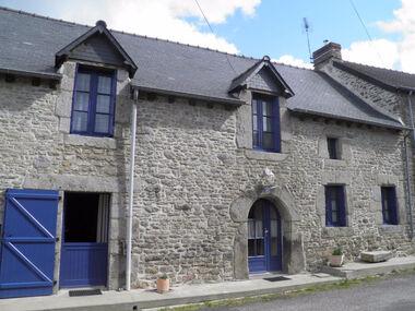 Vente Maison 5 pièces 135m² Ménéac (56490) - photo