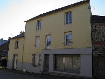 Location Maison 9 pièces 184m² Mauron (56430) - Photo 1