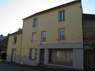 Location Maison 9 pièces 184m² Mauron (56430) - photo