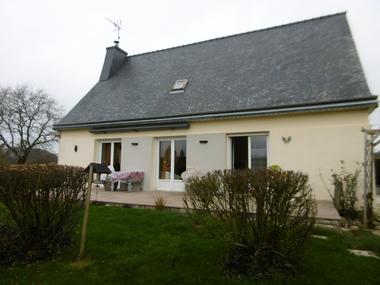 Vente Maison 8 pièces 134m² Plouguenast (22150) - photo