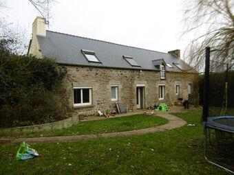 Vente Maison 10 pièces 213m² Plouguenast (22150) - Photo 1