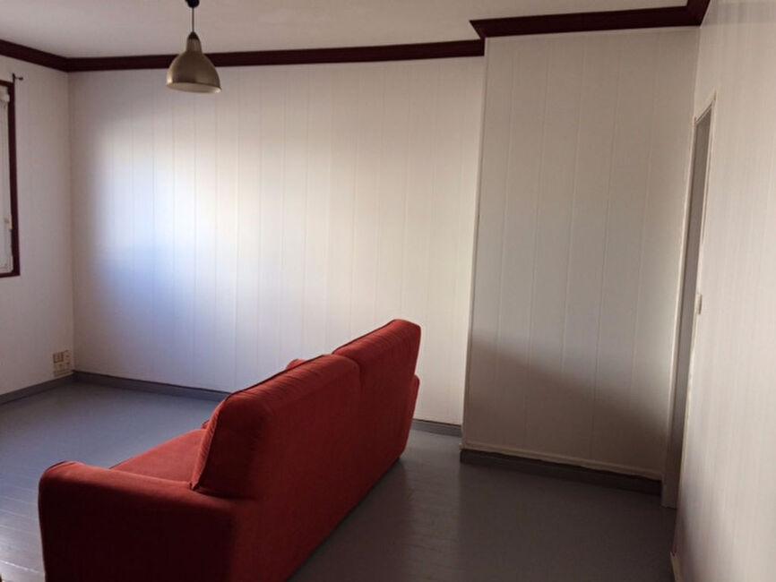 vente appartement 3 pi ces saint brieuc 22000 280453. Black Bedroom Furniture Sets. Home Design Ideas