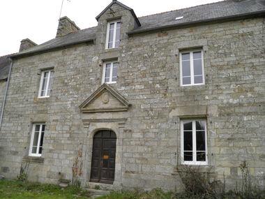 Vente Maison 12 pièces 273m² Le Mené (22330) - photo