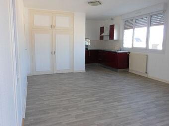 Location Appartement 4 pièces 100m² Loudéac (22600) - photo