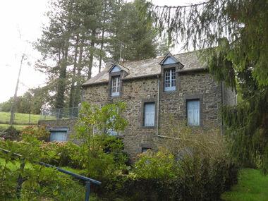 Vente Maison 7 pièces 210m² Saint-Vran (22230) - photo
