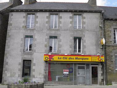 Vente Maison 11 pièces 253m² MERDRIGNAC - photo