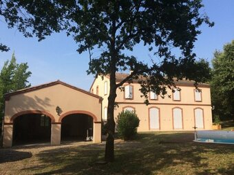 Location Maison 6 pièces 270m² Seilh (31840) - photo