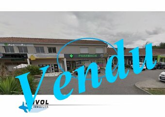 Vente Bureaux 2 pièces 180m² Cornebarrieu - Photo 1