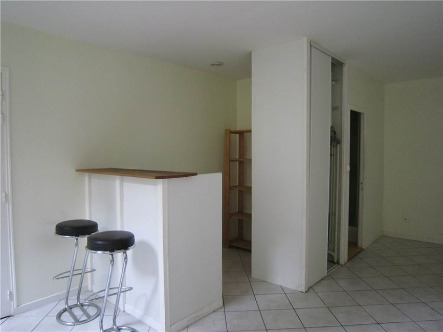 Location appartement 1 pi ce saint tienne 42000 275008 - Location studio meuble saint etienne ...