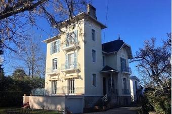Vente Maison 9 pièces 208m² Pau (64000) - Photo 1