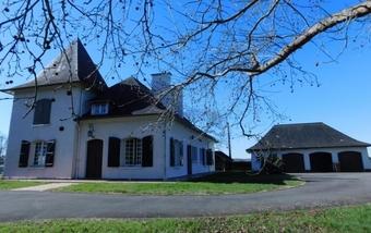 Vente Maison 10 pièces 312m² LESCAR - photo