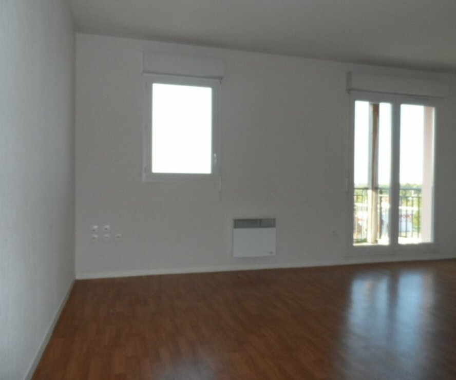 Location Appartement 1 pièce 34m² Gien (45500) - photo