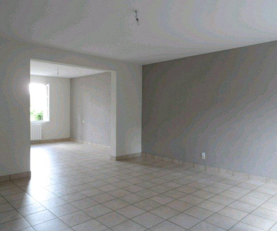 Location Maison 4 pièces 110m² Briare (45250) - photo