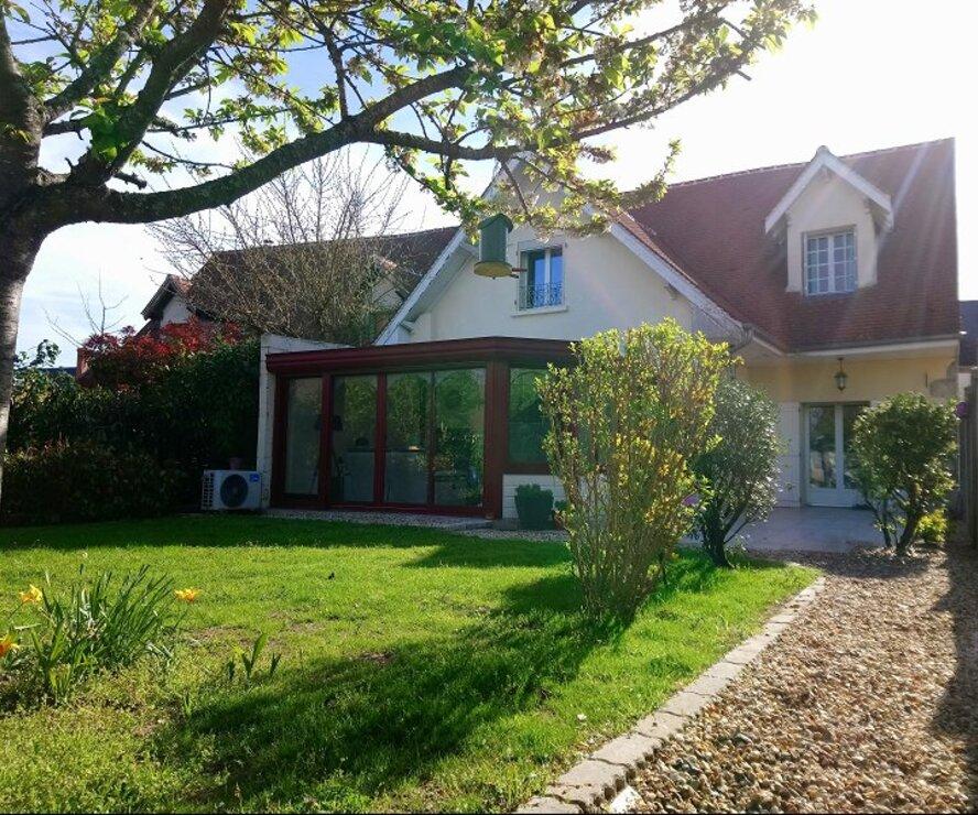 Vente Maison 4 pièces 140m² Saint-Brisson-sur-Loire (45500) - photo