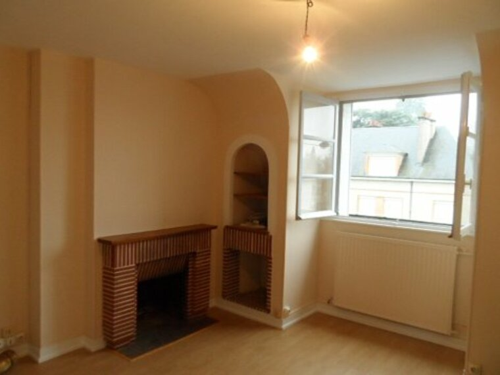Location Appartement 3 pièces 50m² Gien (45500) - photo