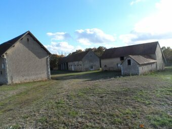 Location Maison 6 pièces 174m² Dammarie-en-Puisaye (45420) - Photo 1