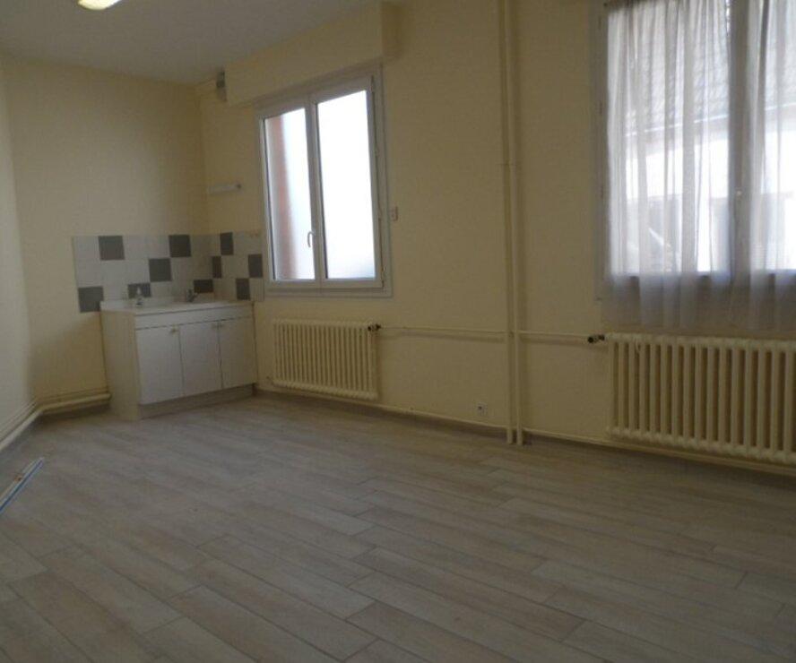 Location Appartement 3 pièces 72m² Gien (45500) - photo