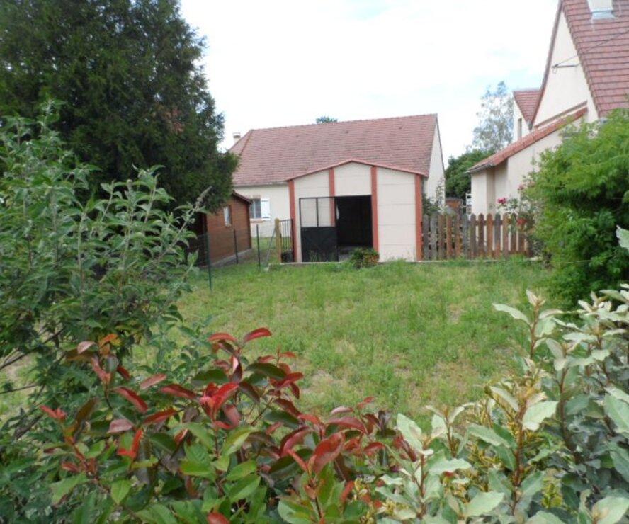 Location Garage 231m² Poilly-lez-Gien (45500) - photo