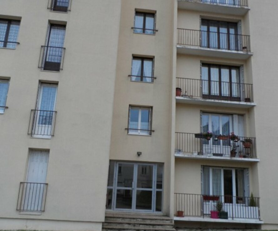 Location Appartement 3 pièces 55m² Gien (45500) - photo