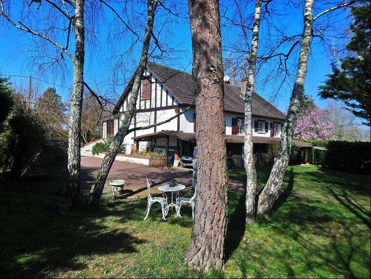 Vente Maison 11 pièces 176m² Poilly-lez-Gien (45500) - photo