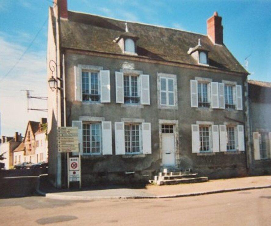 Vente Maison 6 pièces 200m² Beaulieu-sur-Loire (45630) - photo