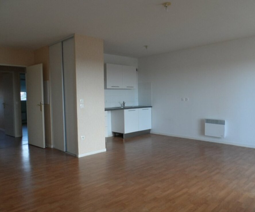 Location Appartement 3 pièces 60m² Gien (45500) - photo