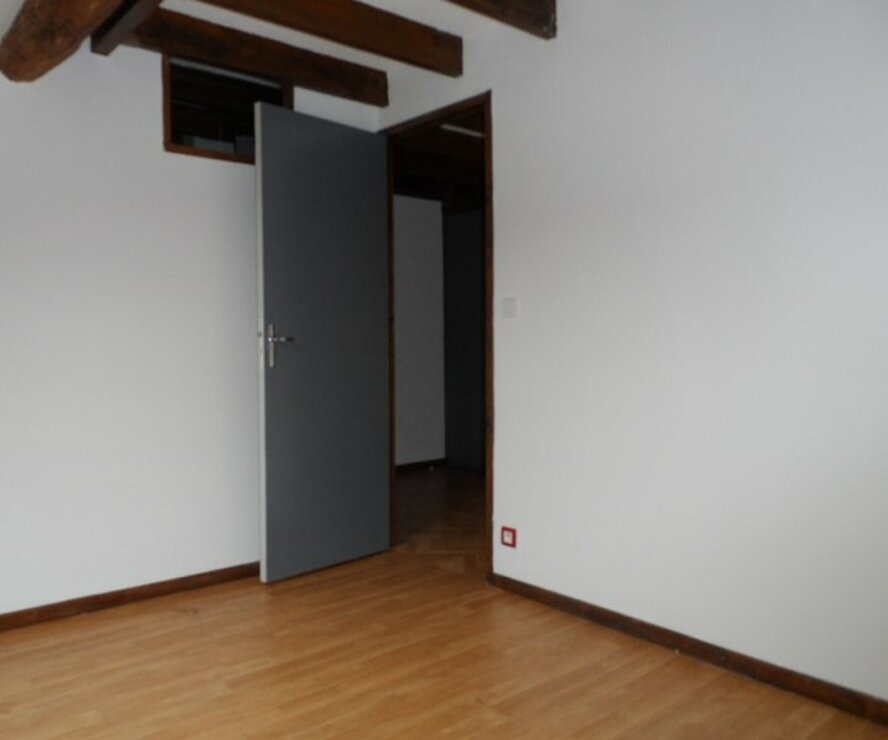 Location Appartement 2 pièces 45m² Gien (45500) - photo