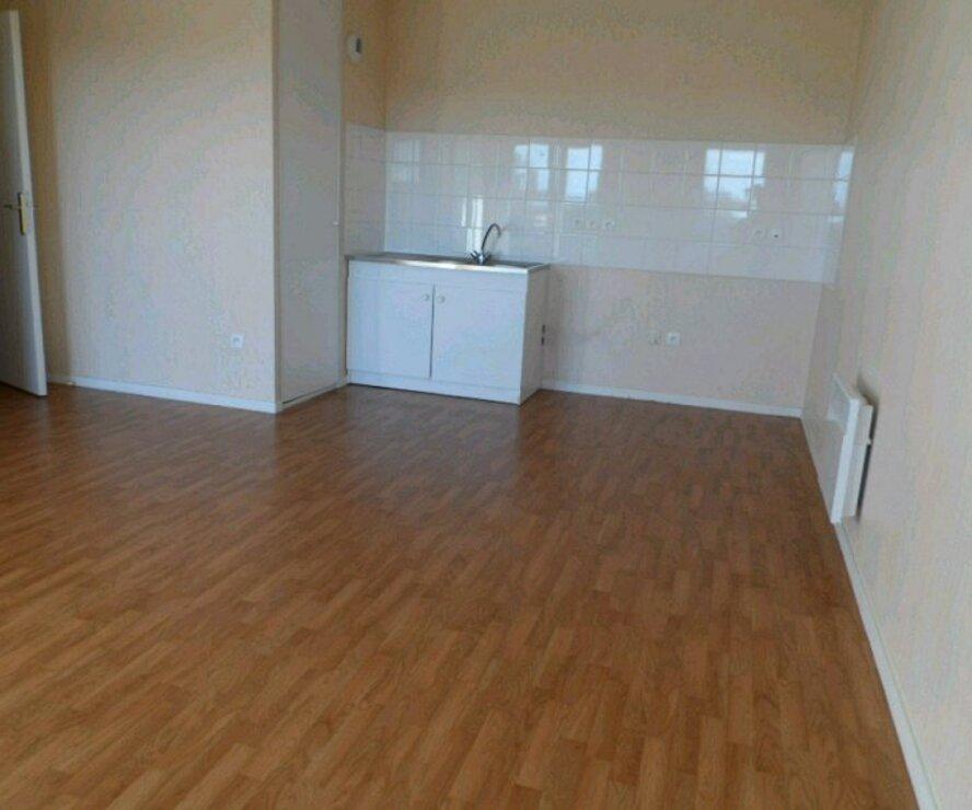 Location Appartement 3 pièces 52m² Gien (45500) - photo