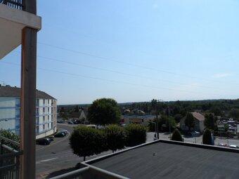 Location Appartement 1 pièce 33m² Gien (45500) - photo 2