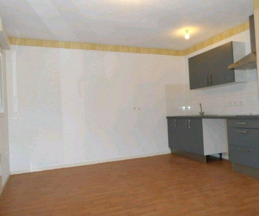 Location Appartement 2 pièces 40m² Gien (45500) - photo