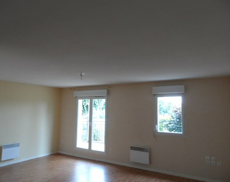 Location Appartement 2 pièces 40m² Gien (45500) - photo