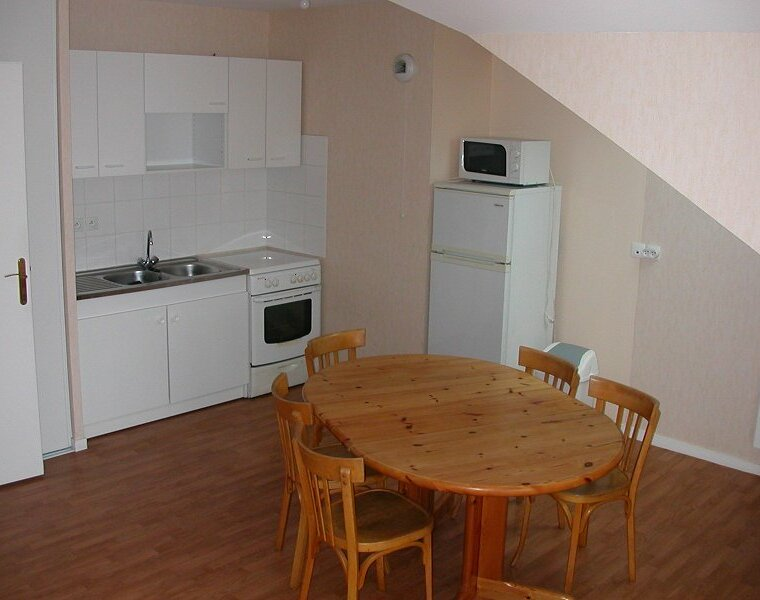 Location Appartement 1 pièce 32m² Gien (45500) - photo
