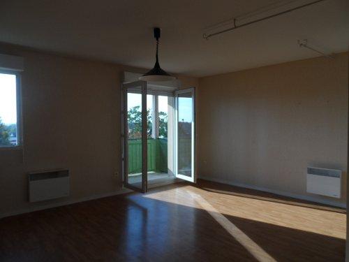 Location Appartement 3 pièces 70m² Gien (45500) - photo