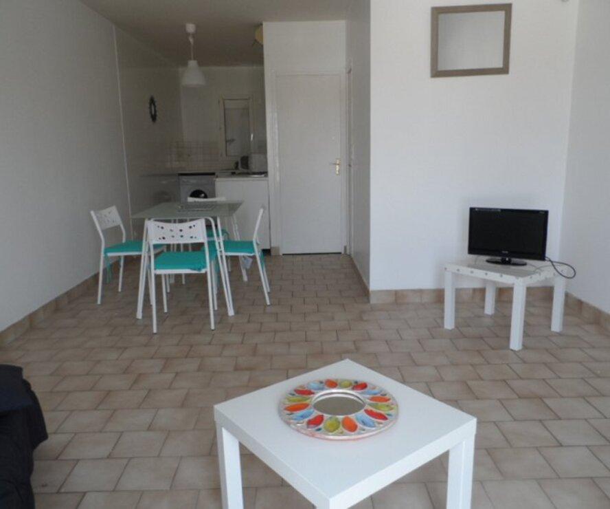 Location Appartement 1 pièce 37m² Gien (45500) - photo