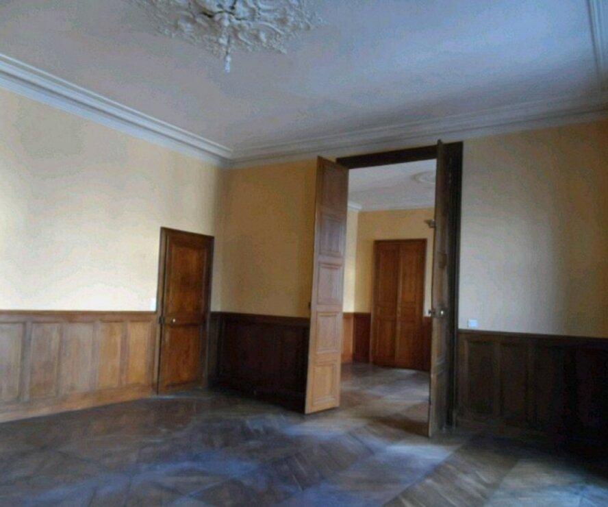 Location Appartement 4 pièces 100m² Gien (45500) - photo