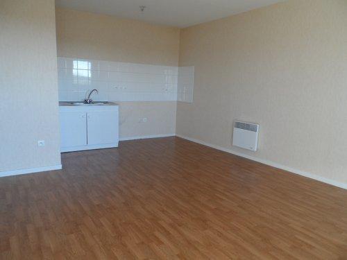 Location Appartement 1 pièce 33m² Gien (45500) - photo