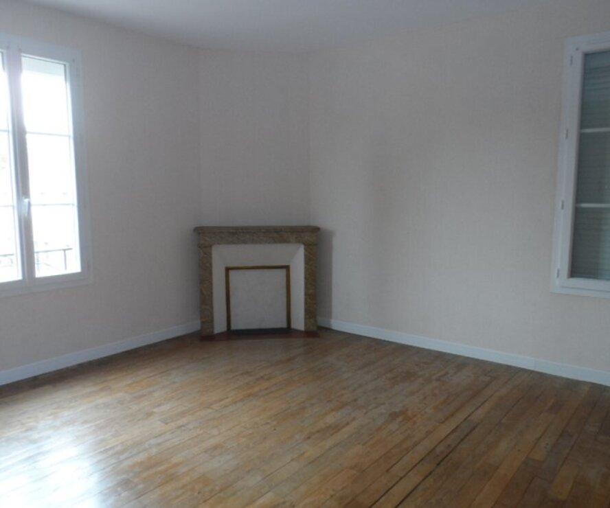 Location Maison 7 pièces 190m² Cernoy-en-Berry (45360) - photo