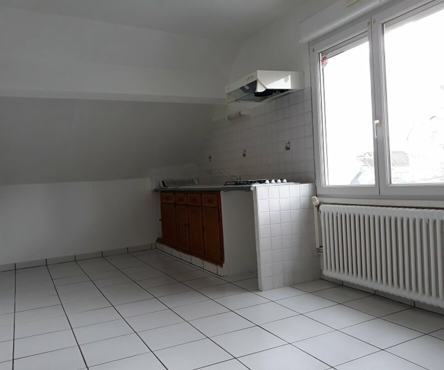 Location Appartement 1 pièce 18m² Gien (45500) - photo