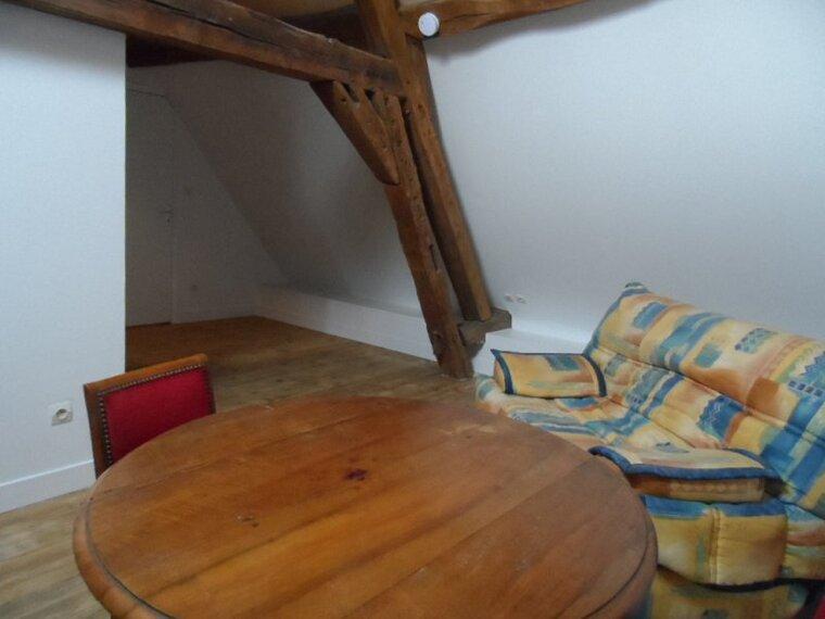 Location Appartement 1 pièce 35m² Gien (45500) - photo