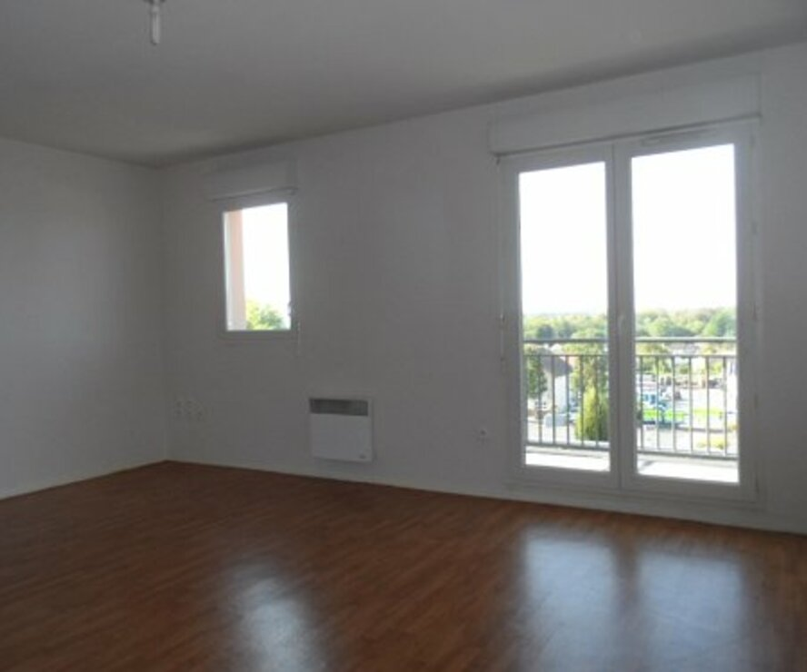 Location Appartement 1 pièce 33m² Gien (45500) - photo