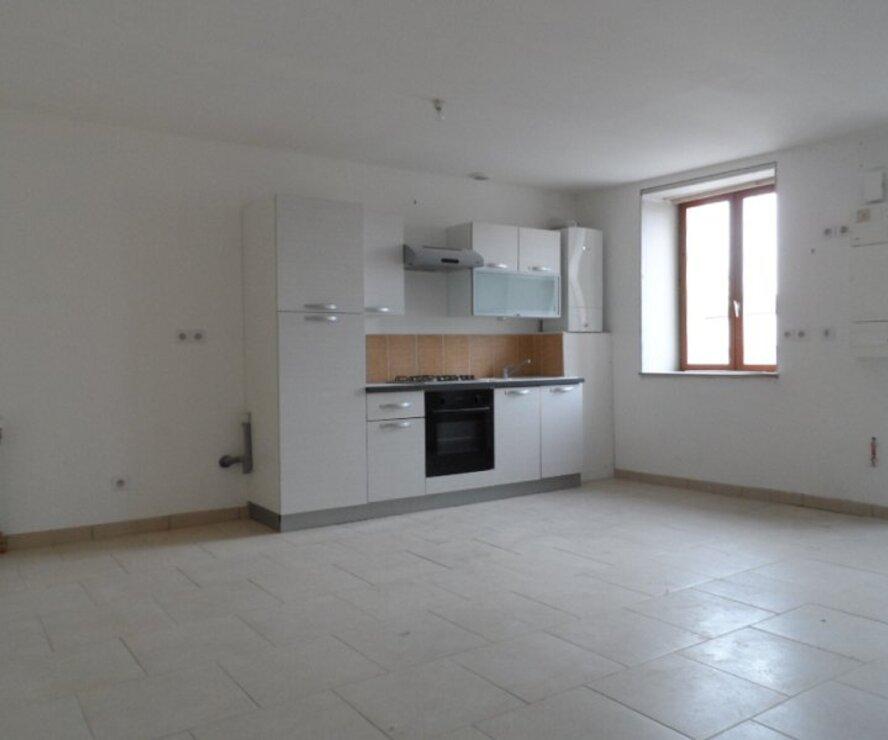 Location Appartement 3 pièces 67m² Gien (45500) - photo