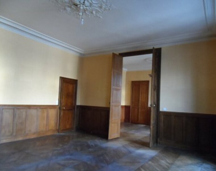 Location Appartement 4 pièces 100m² Gien (45500) - photo