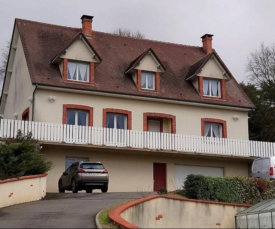 Vente Maison 6 pièces 182m² Gien (45500) - photo