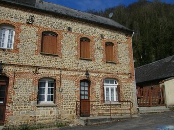 Vente Maison 4 pièces 76m² Cany-Barville (76450) - photo