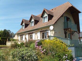 Vente Maison 5 pièces 131m² Saint-Valery-en-Caux (76460) - Photo 1