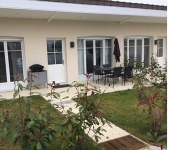 Renting House 3 rooms 63m² Chavenay (78450) - photo