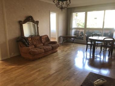 Sale Apartment 3 rooms 83m² Noisy-le-Roi (78590) - photo